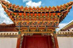 Overladen tempeldeur Stock Foto