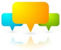 Overlappende toespraakbellen/kaarttellers Kleurrijk pictogram voor comm vector illustratie