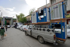 Overloaded car in a market in Shiraz, Iran Royalty Free Stock Photos