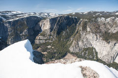 Overlook of Yosemite Valley During Winter Royalty Free Stock Photography