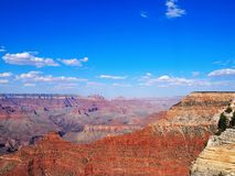 Overlooking the Grand Canyon on a Sunny Day Royalty Free Stock Photos