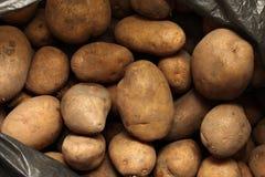 Overlopende zak van potatos royalty-vrije stock afbeelding