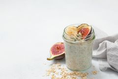 Overnight  oatmeal with fruits Royalty Free Stock Photography