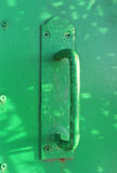 Overpainted zielona drzwiowa rękojeść Obraz Royalty Free