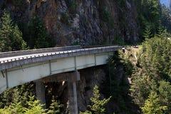 overpass βουνών Στοκ φωτογραφία με δικαίωμα ελεύθερης χρήσης
