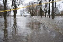 Overstroming op de rivier Royalty-vrije Stock Foto's