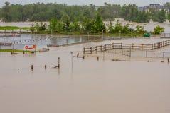 Overstroomd Parkeerterrein Stock Afbeeldingen