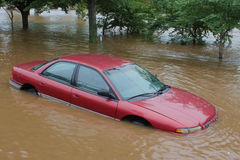 Overstroomde auto Royalty-vrije Stock Fotografie