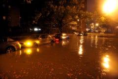 Overstroomde auto's, die door Zandige Orkaan worden veroorzaakt Stock Foto's