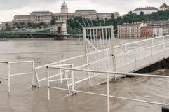 Overstroomde Bootlancering, Boedapest Stock Foto