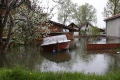 Overstroomde huizen Stock Afbeeldingen