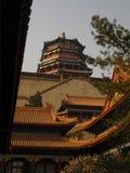 Overtowering Pavillon arkivbilder