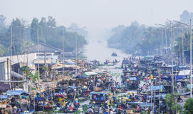 Overview Nga Nam floating market in the morning Royalty Free Stock Photos