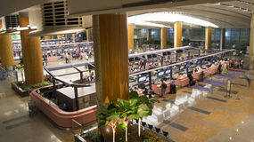 Overview Singapore Airport Terminal Check-in Desks Stock Photos
