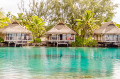 Overwater bungalower, franska Polynesien Royaltyfri Foto