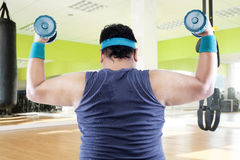 Overweight man doing fitness 1 Royalty Free Stock Photography