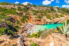 Overweldigend strand Cala des Moro Majorca Spain, Middellandse Zee royalty-vrije stock afbeelding