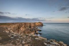 Overweldigend trillend landschapsbeeld van klippen rond St Govan ` s Hea Stock Foto