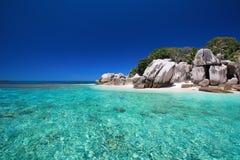 Overweldigend tropisch strand Royalty-vrije Stock Fotografie