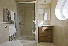 Overweldigende badkamers Royalty-vrije Stock Foto
