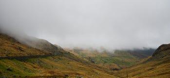 Overweldigende Bergen in Snowdon, Wales, het Verenigd Koninkrijk royalty-vrije stock afbeelding
