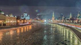 Overweldigende nachtmening van het Kremlin in de winter, Moskou, Rusland stock video