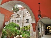 Overwelfde galerij bij Lightner-Museum in St Augustine, Florida stock foto's