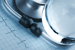 Overwicht van hart- en vaatziekten in wereld stock foto's