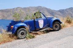 Overwoekerd Volkswagen, Tilos-eiland royalty-vrije stock fotografie