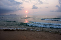 Overzees bij zonsopgang Royalty-vrije Stock Afbeeldingen