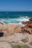 Overzees en de rotsen Stock Fotografie