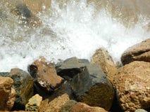 Overzees en rotsen Stock Afbeeldingen