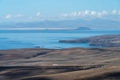 Overzees en vulkanische kust, Lanzarote Eiland, Spanje stock fotografie