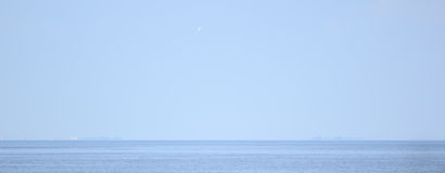 Overzees, hemel, minimalism Stock Afbeelding