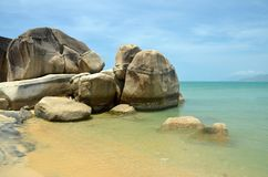 Overzees kust het Zuid- van China in het eind van de parkwereld ` s, China, Hainan, Sania Stock Fotografie
