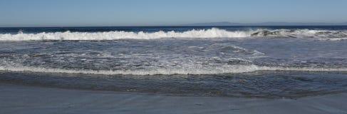 Overzees - oceaangolf stock foto's