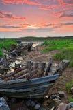 Overzees-strand boot en verlaten Stock Afbeelding