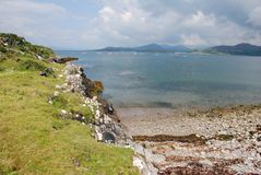 Overzees, strand en rotsen Royalty-vrije Stock Foto's
