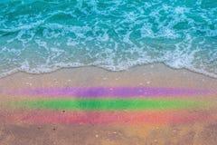 Overzees strand op de strand gelukkige stemming Stock Afbeelding