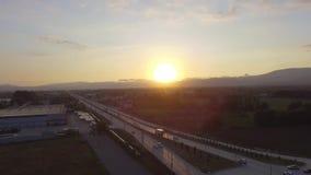 Overzees van de zonsopganghommel luchteiland stock video