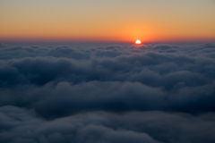 Overzees van wolken met zonsopgang Royalty-vrije Stock Foto's