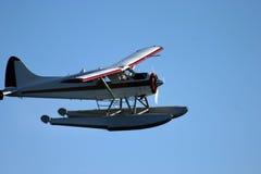 Overzees vliegtuig in de lucht Royalty-vrije Stock Fotografie
