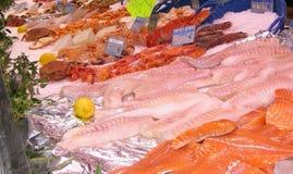Overzees voedsel in markt Stock Afbeelding