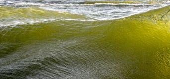 Overzees waterachtergrond Stock Afbeeldingen