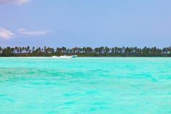 Overzees, zon en zand Stock Afbeelding