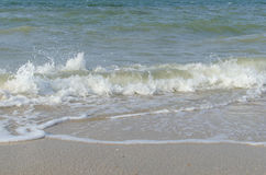 Overzeese golf op zee in de zomer Royalty-vrije Stock Foto's