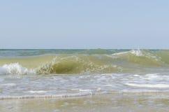 Overzeese golf op zee in de zomer Royalty-vrije Stock Foto