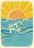 Overzeese golven en gele zon Royalty-vrije Stock Afbeelding