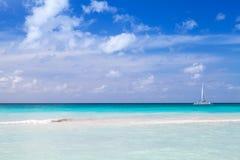 Overzeese kust, het strand van de Dominicaanse republiek Stock Afbeeldingen