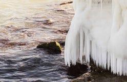 Overzeese kust in ijs Royalty-vrije Stock Afbeelding